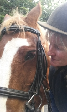 Kerrie Searle, Animal Communicator, offers personal consultations for you and your animal.
